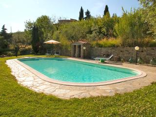 Farmhouse 3/7 bedrooms, pvt pool, stunning view