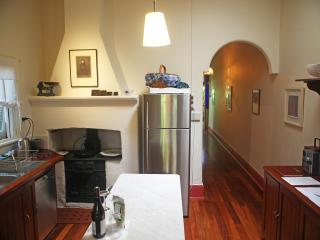 Well equipped kitchen: Miele dishwasher
