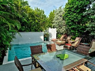 DREAMING ON DUVAL- Luxury 5 Bed & Private Pool- As seen on HGTV House Hunters, Key West