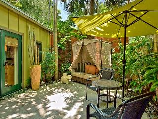 Bali Hideaway: A studio cottage that's perfect for two, Key West