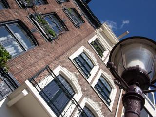 Canalview 2 floor apartment, Amsterdam