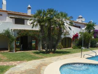 Duplex in front of pool - MJ, Denia
