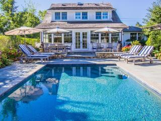CHAP2 - Edgartown Luxury Compound, Main and Guest Cottage, Pool, In Town