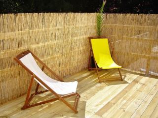 200M PLAGE charmant et spacieux appartement de vacances mer, belle terrasse WiFi