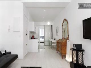 Really 'Nice' 1 bedroom apartment at the Port, sle, Niza