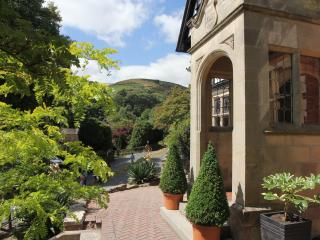 Arden House : The Darwin Apartment, Church Stretton