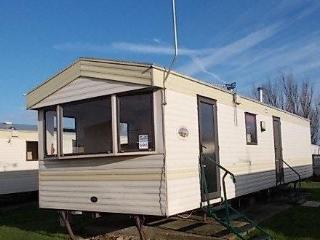 CARAVAN FOR HIRE MARTELLO BEACH PARK RESORTS ESSEX, Clacton-on-Sea