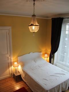 Bedroom 1: Double bedroom with en-suite shower room.