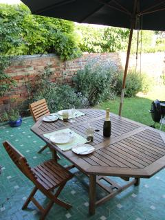 Chill out on the terrace with a BBQ after a busy day of sight seeing.
