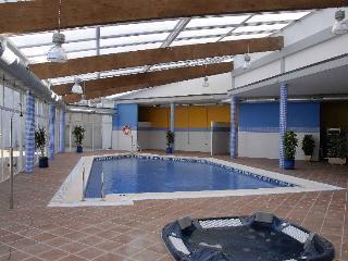 Indoor Pool, Sauna and Jacuzzi