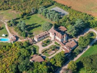 57113 - Chateau vaste pays F, Lauzun