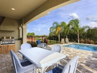Beautiful 5 bedroom home in Reunion Resort with Swimming Pool, Summer Kitchen and Games Room, Loughman