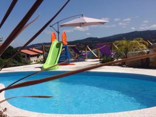 playa areabrava, con terraza y piscina