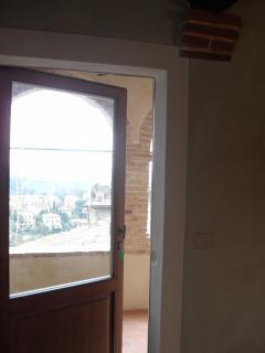 Door to terrace/loggia