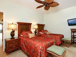 Unit 18 Ocean Front Luxury 3 Bedroom Condo, Lahaina