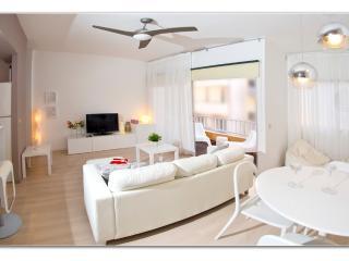 White Regina Apartment TENERIF, El Medano