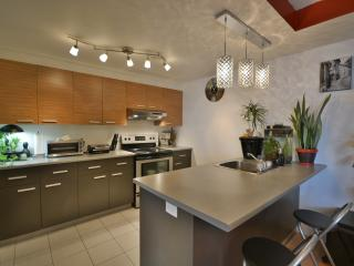 Nice Condo Montreal full equip
