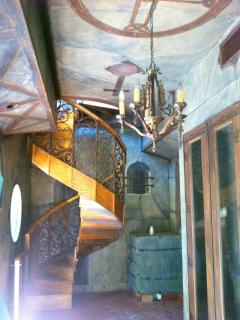 Spiral staircase and ceiling design (trompe l'oeil)