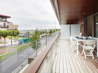 Apartamento Hondarribi 121A by FeelFree Rentals
