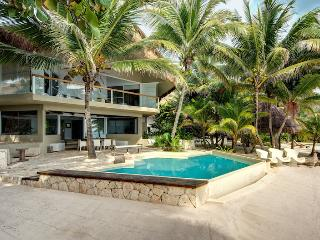 Villa Zacil Na - Ideal for Couples and Families, Beautiful Pool and Beach