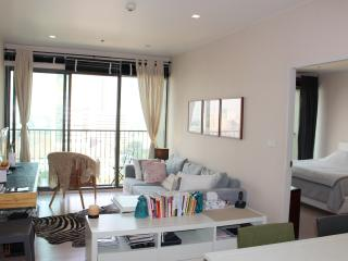 Homey 1BR+Kitchen in Happening Thonglor, Bangkok