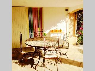 table mosaique terrasse couverte