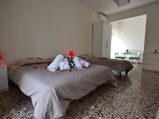 Ciampino Central Apartments - Big Room