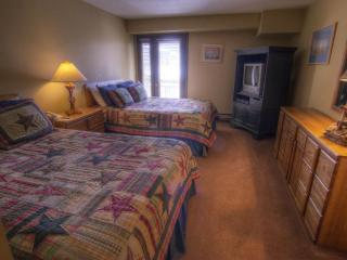 Lodge at 100 W Beaver Creek 704-B, Hotel Room, Avon