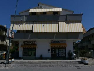APPARTAMENTO IN QUADRIFAMIGLIARE A 400 mt DAL MARE, Silvi Marina