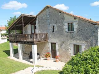 La Vieille Grange, Longeveau, Charente