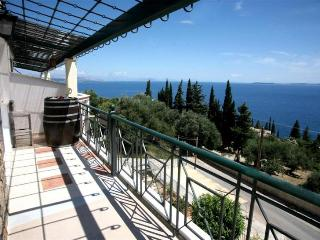 Bella view roof apartment, Barbati