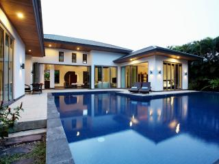 Family Villa walking distance from Bangtao Beach, Phuket