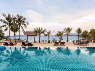 Chic Tranquil Charming Pool Beach Villa