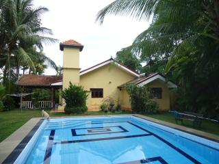 quiet location bed and breakfast, Beruwala