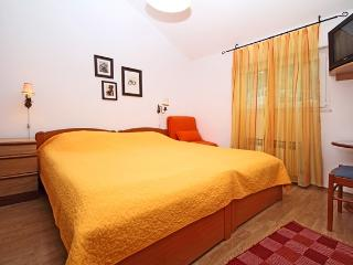 Lion apartments-Main house-ap.no.3 (for 2 persons), Zaton