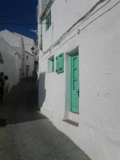 Calle Monte, a quiet street in the old town with entrance to the house