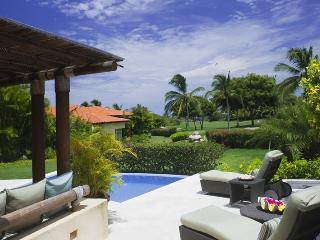 Luxury 3BR Las Palmas Villa – Golf & Ocean Views, Punta de Mita