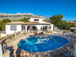 Casa Chicas-A quality villa by ResortSelector, Altea la Vella
