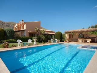 6 bedroom Villa in Puerto Pollenca, Mallorca, Mallorca : ref 3389