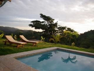 Villa Estrella, Hacienda Okhra