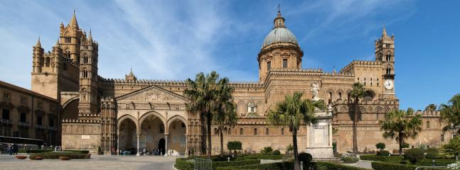 La Cattedrale, 500mt da casa. UNESCO 39th session of the Committee 2015 Arab-Norman Route.