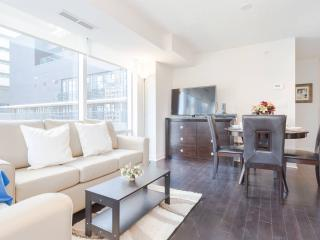 Entertainment District 2 Bed+2 Bath, Toronto