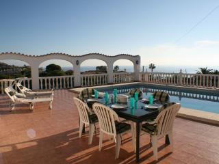 Casa Corinne with private pool und seaview, Campello