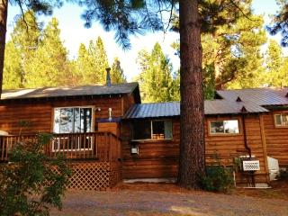 Lake Almanor Adventures Cabin #12, Lake Almanor Peninsula