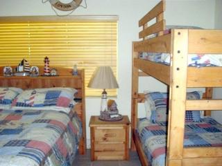 Beautiful 2 Bedroom Duck Key Duplex