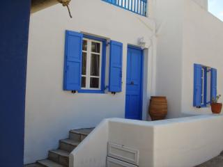 A slice of Mykonos heaven, Ornos