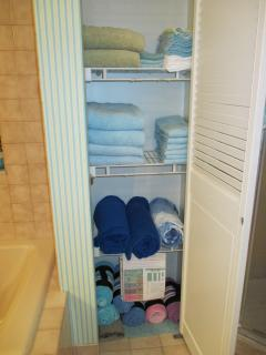 RARE MBA  linen closet w LOTS of asstd. towel sets including beach towels! (save $$$ by not renting)