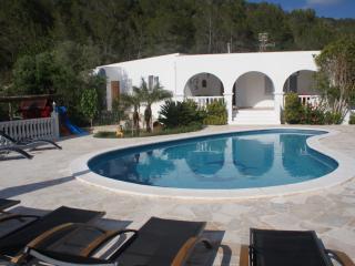 Villa Selleras, Port de Sant Miguel