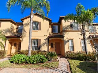 Fantastic 4 bedroom townhome with community pool