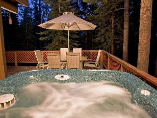 Jeff's - Affordable 3 BR Pet-friendly home w/ Hot Tub.  From $1100/week.